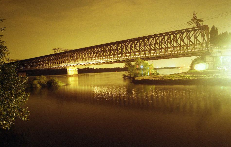Budapest-2002-008-500x333